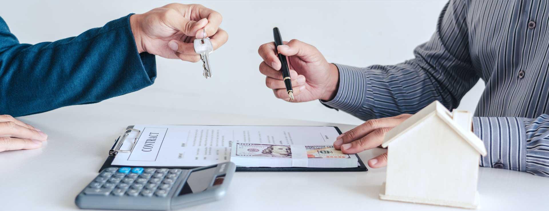 Vertragsunterzeichnung und Schlüsselübergabe