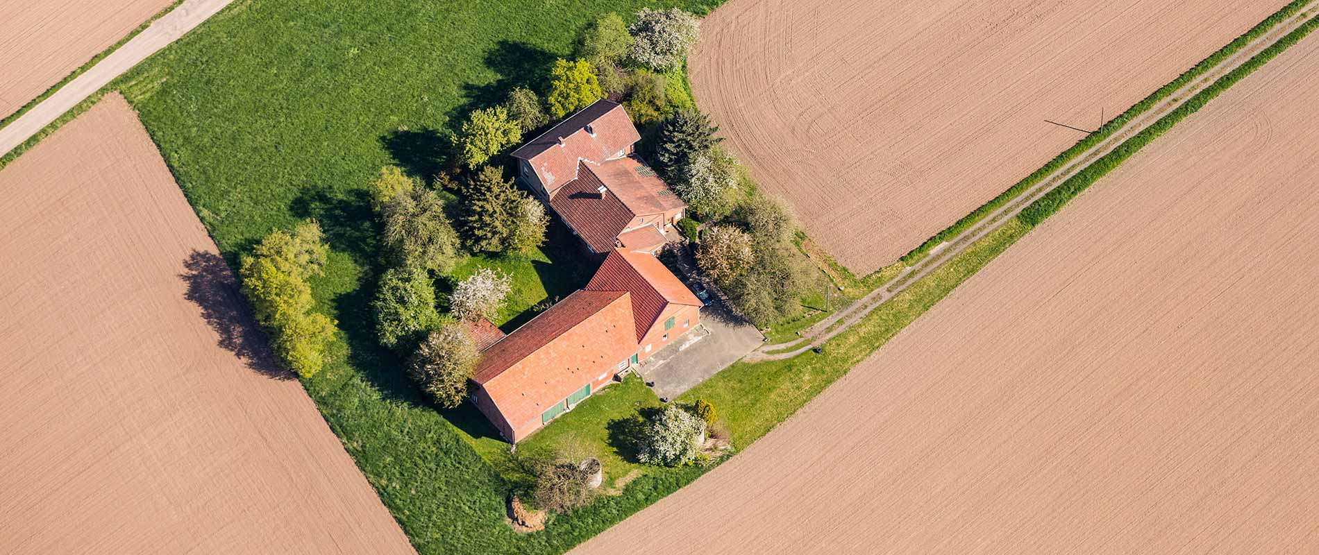 Luftaufnahme Mehrfamilienhaus