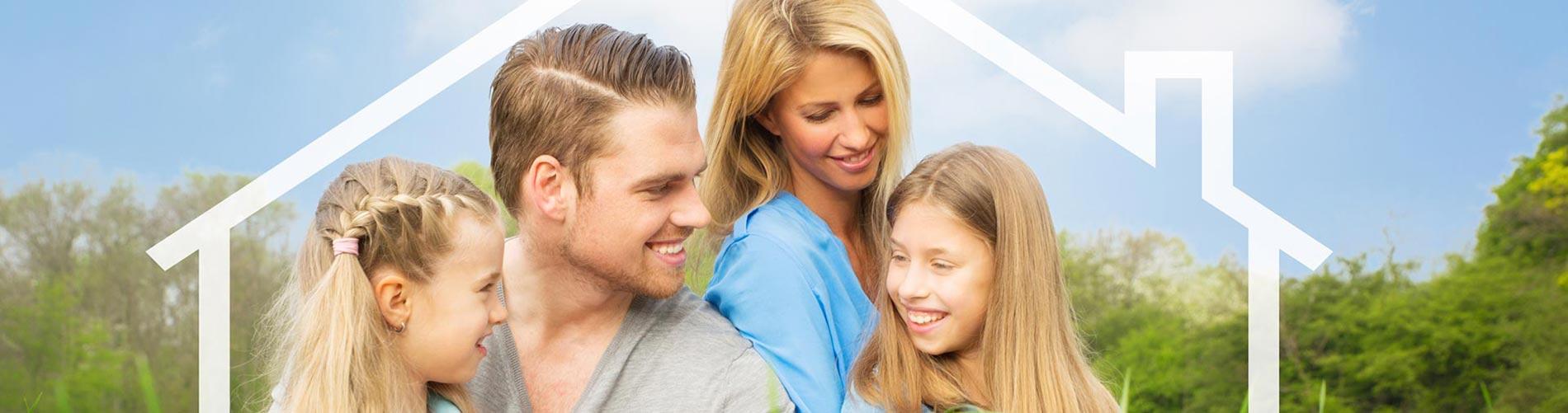 Junges Ehepaar mit zwei Kindern