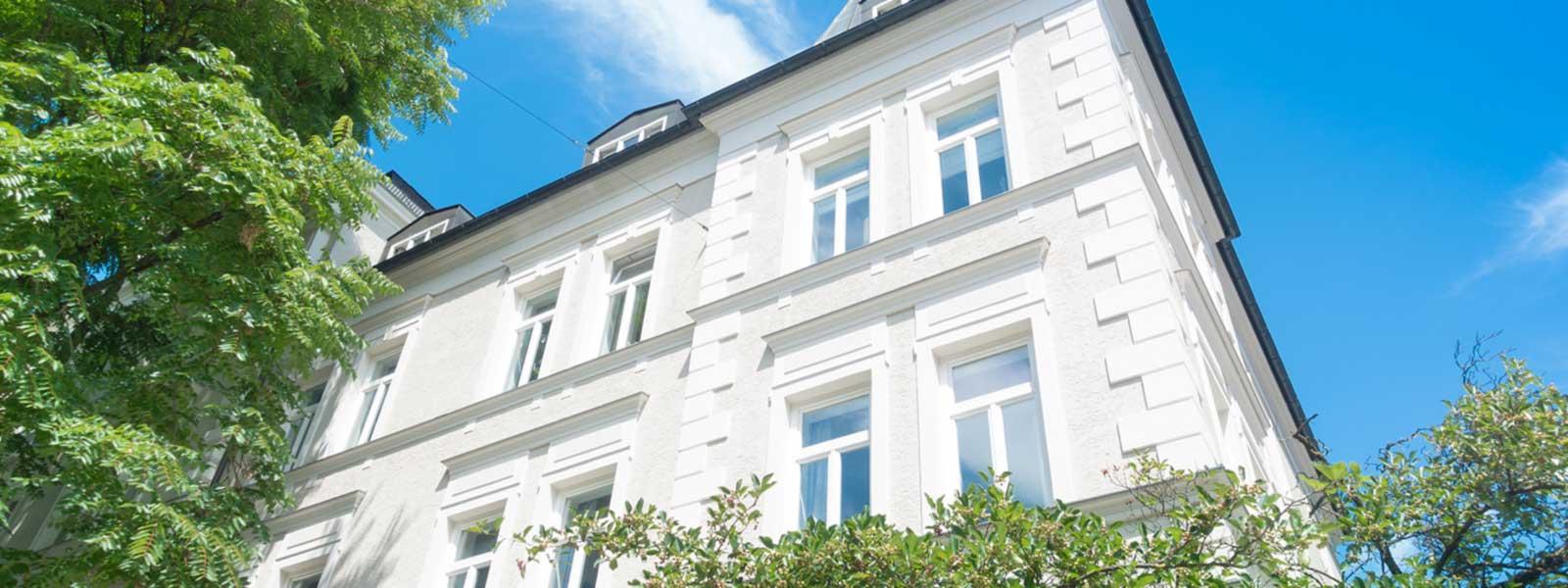 weißes Stadthaus