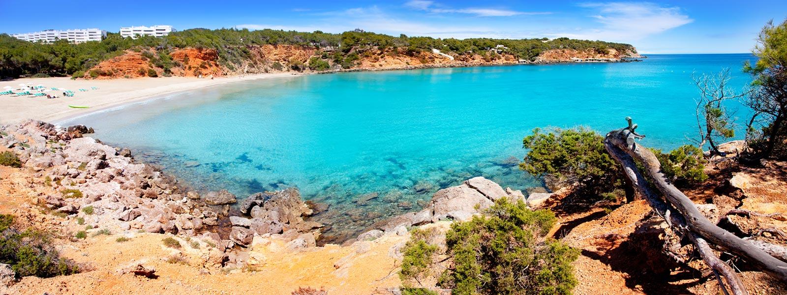 Strandbucht auf Ibiza